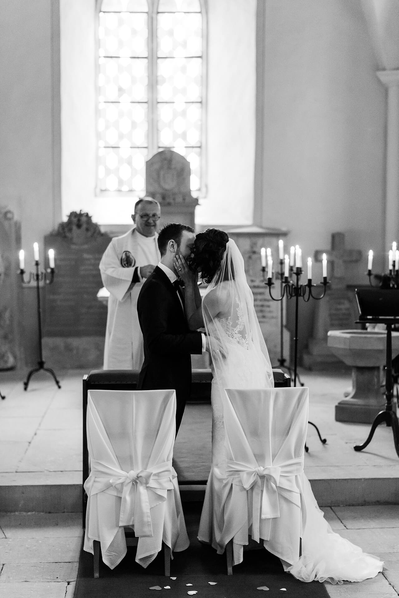 Rebecca Conte Fotografie: Hochzeit auf Schloss Neuhaus 27