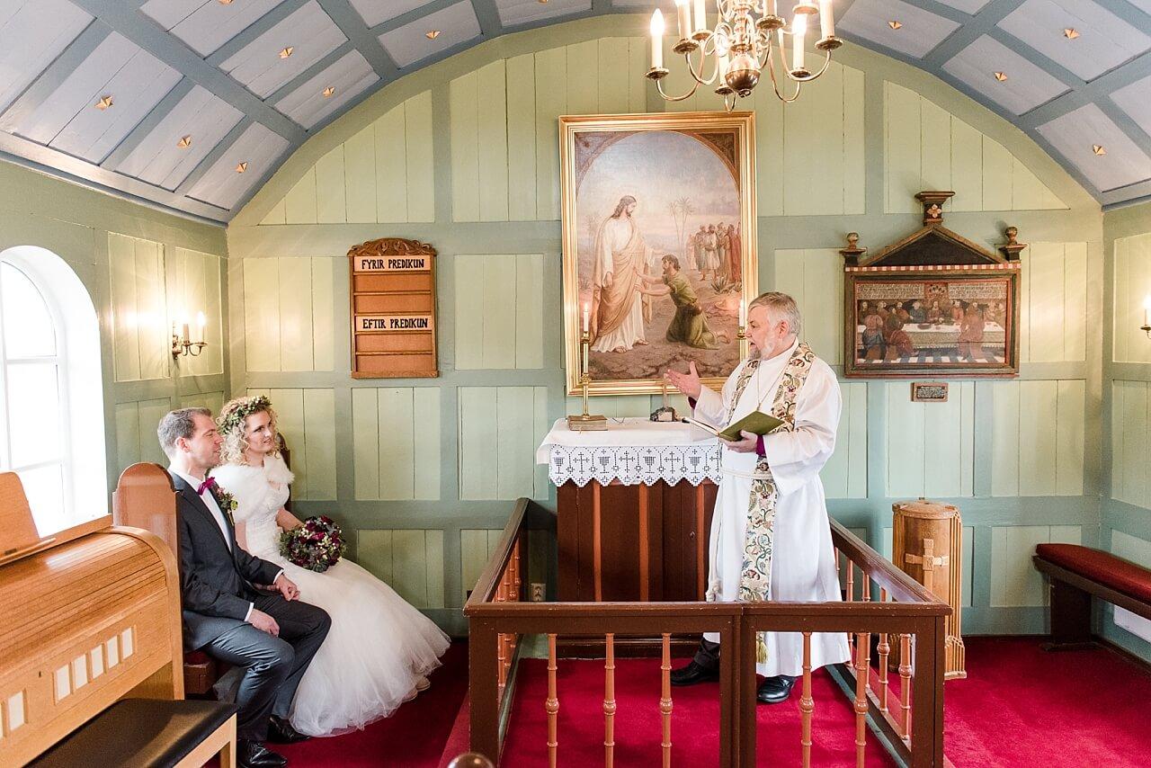 Rebecca Conte Fotografie: Intime Hochzeit auf Island 07