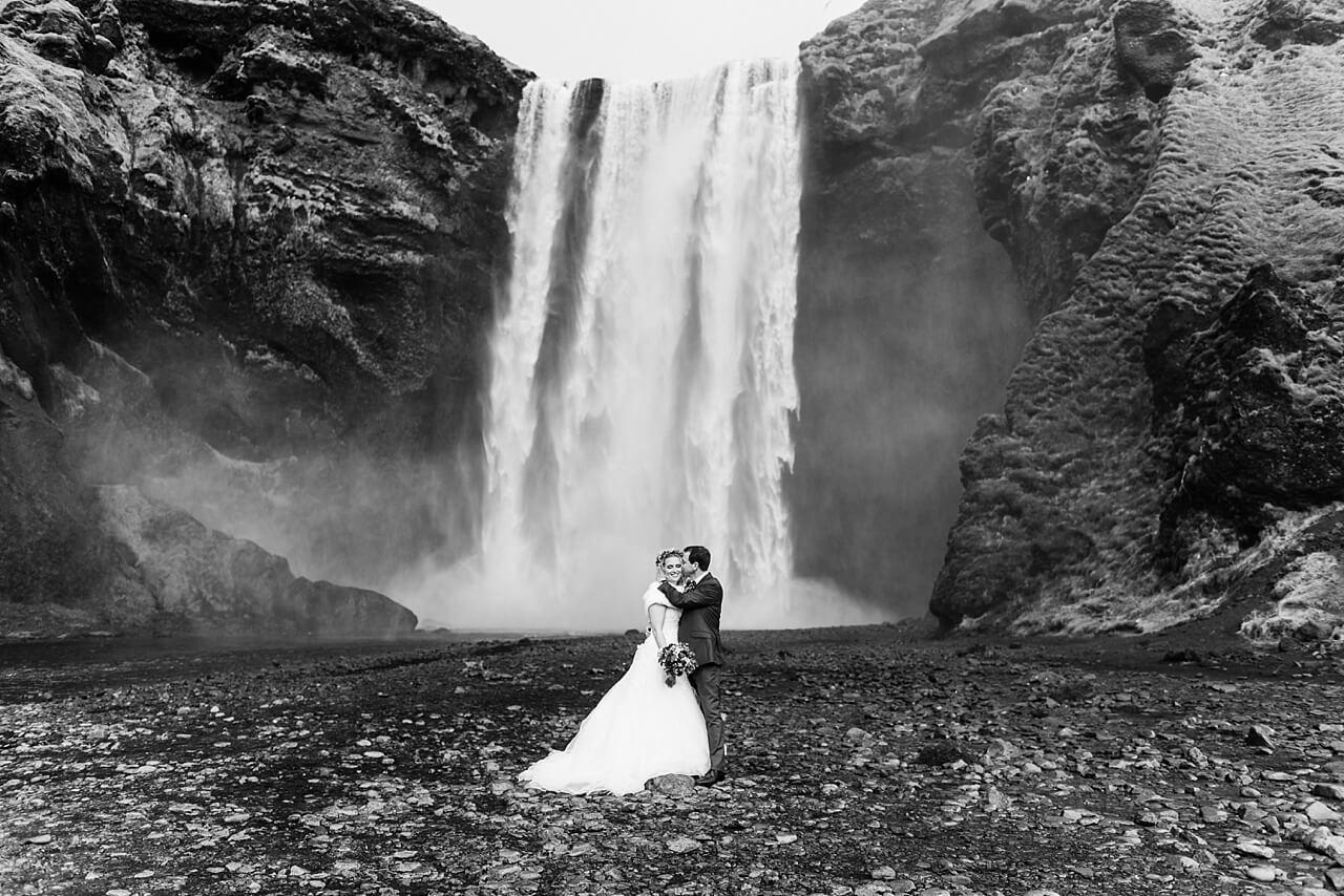 Rebecca Conte Fotografie: Intime Hochzeit auf Island 18