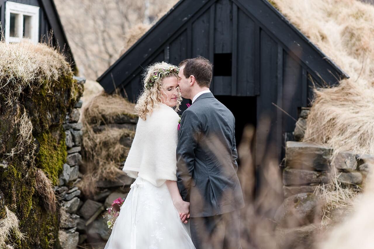 Rebecca Conte Fotografie: Intime Hochzeit auf Island 22