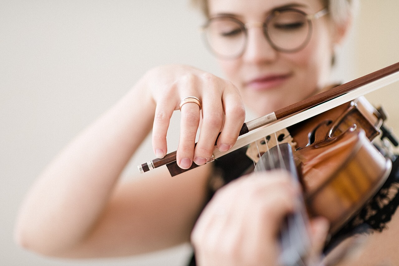 Rebecca Conte Fotografie: Musikerportraits mit Violine 03