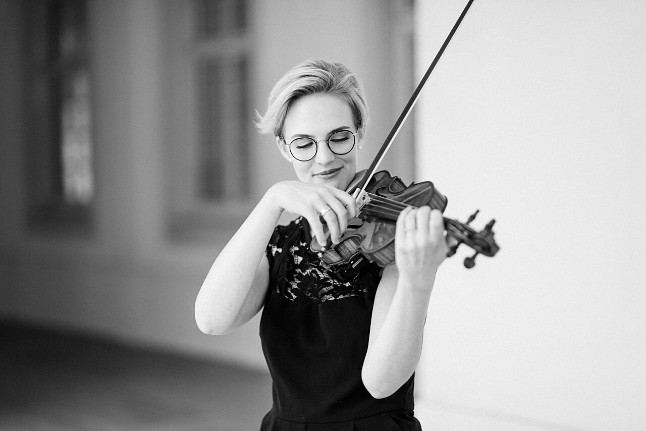 Rebecca Conte Fotografie: Musikerportraits mit Violine 08