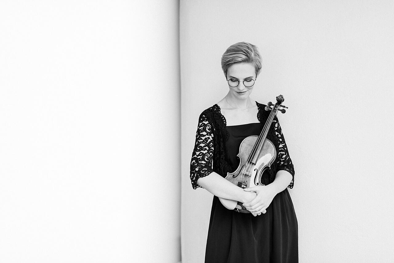 Rebecca Conte Fotografie: Musikerportraits mit Violine 10