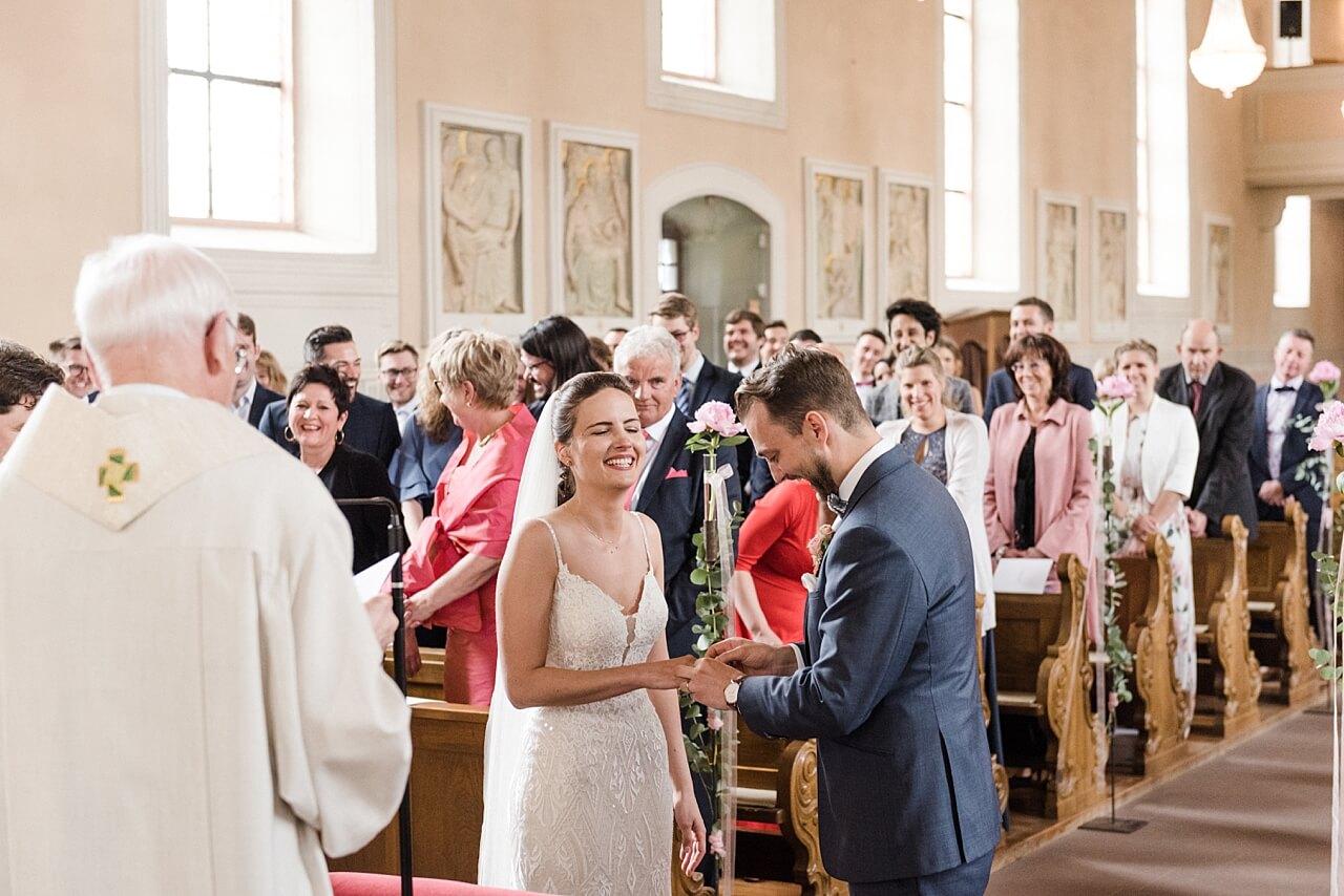 Rebecca Conte Fotografie: Hochzeit Burg Staufenberg 39