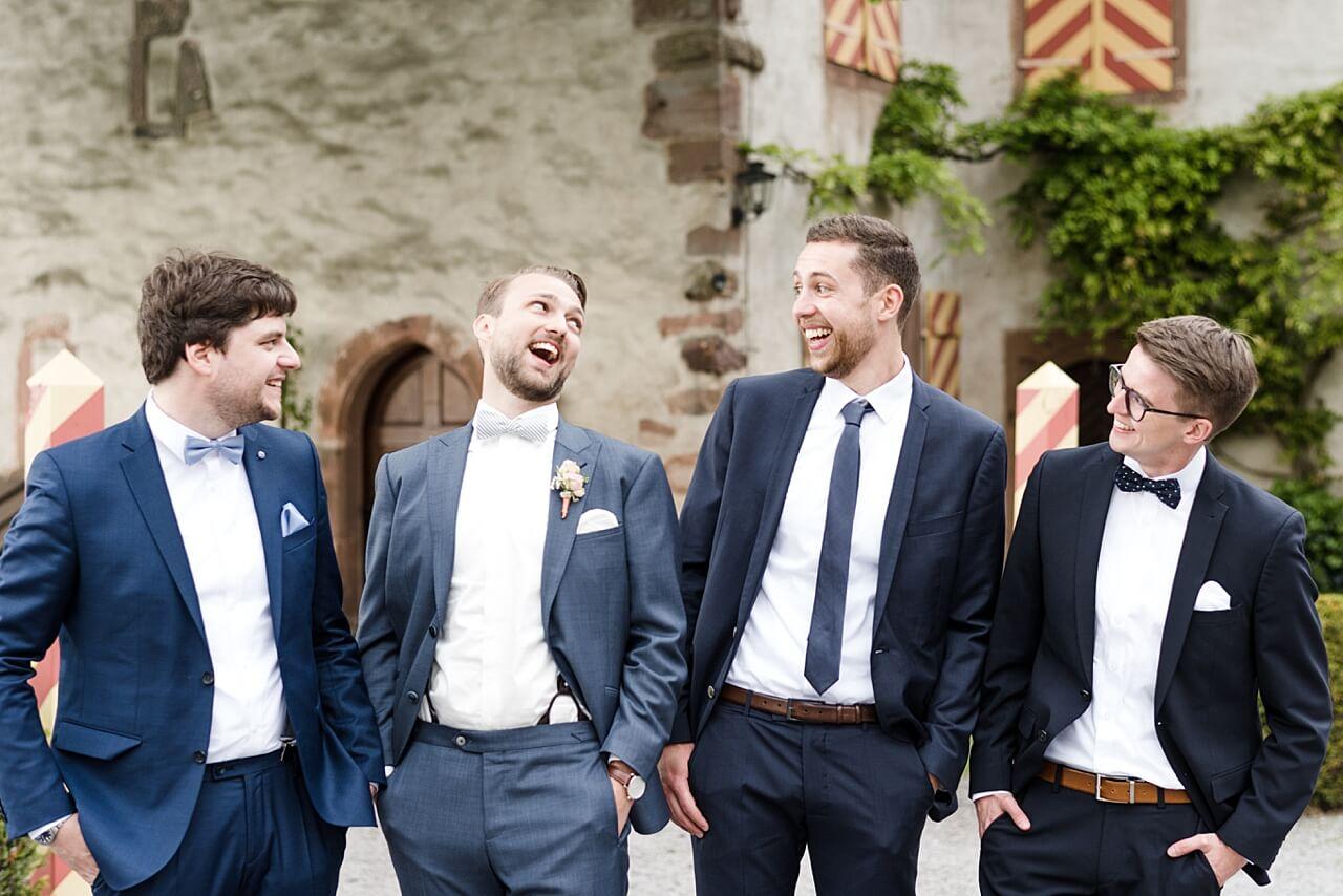 Rebecca Conte Fotografie: Hochzeit Burg Staufenberg 54