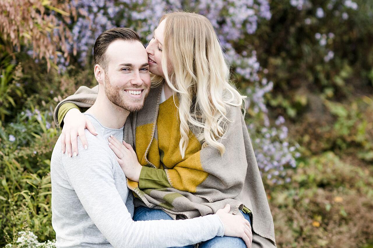 Rebecca Conte Fotografie: Verlobungsbilder bei Herbstwetter 07