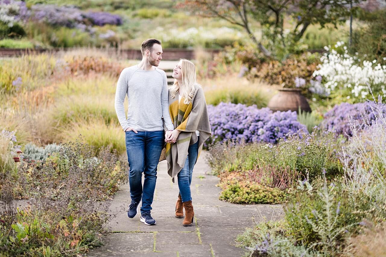 Rebecca Conte Fotografie: Verlobungsbilder bei Herbstwetter 11