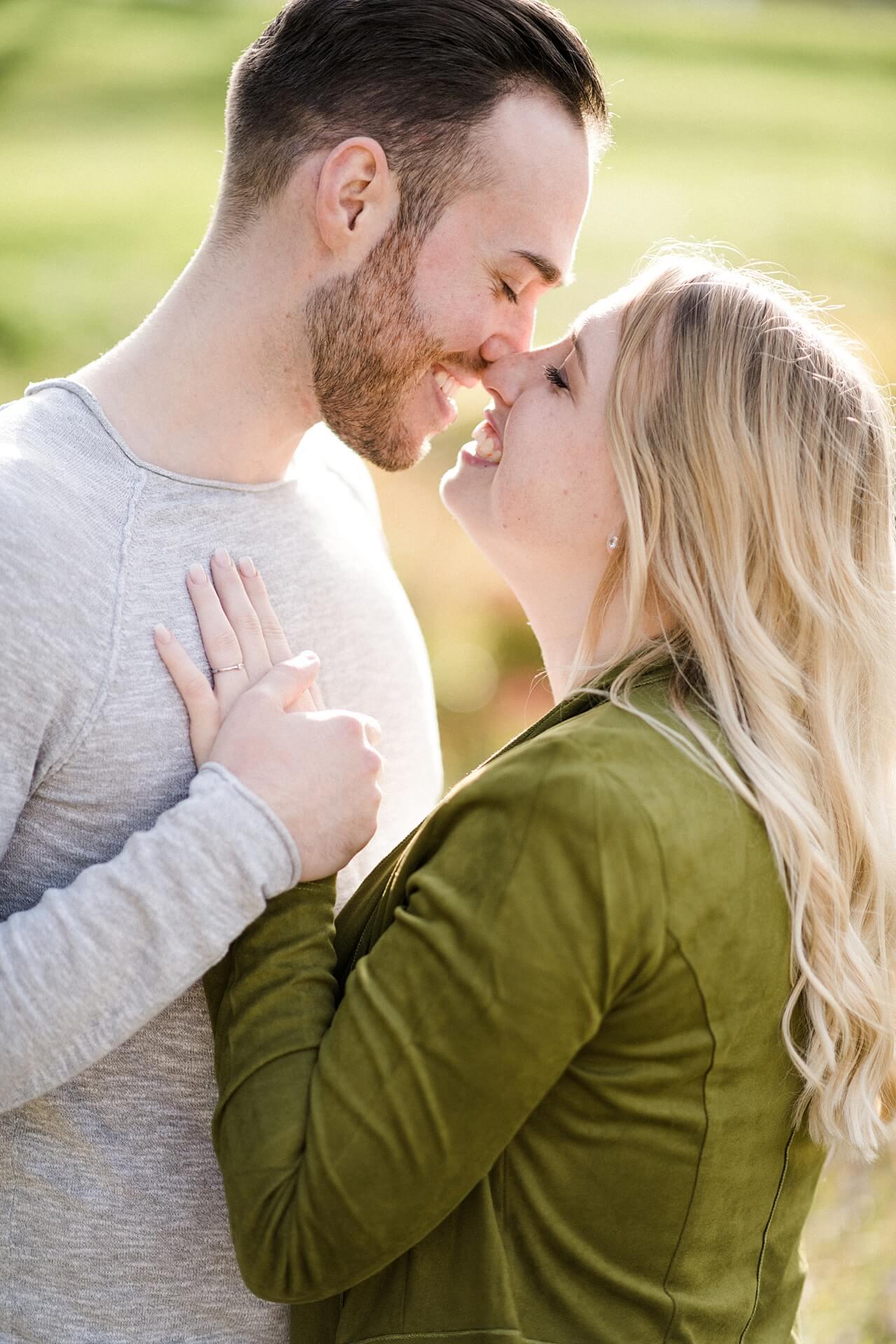 Rebecca Conte Fotografie: Verlobungsbilder bei Herbstwetter 13