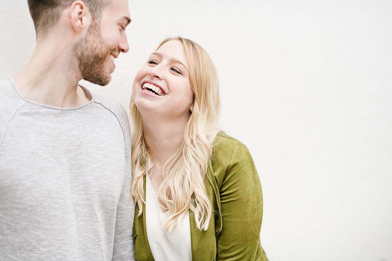 Rebecca Conte Fotografie: Verlobungsbilder bei Herbstwetter 15